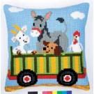 kruissteekkussen boerderij, tractor-kar met dieren-2