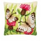 kruissteekkussen vlinders op veldbloemen